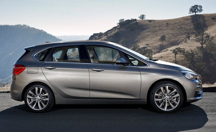 BMW 2-Series Active Tourer 2014S 03