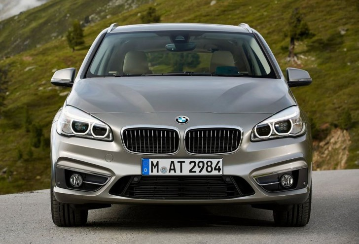 BMW 2-Series Active Tourer 2014S 06