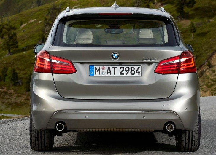 BMW 2-Series Active Tourer 2014S 07