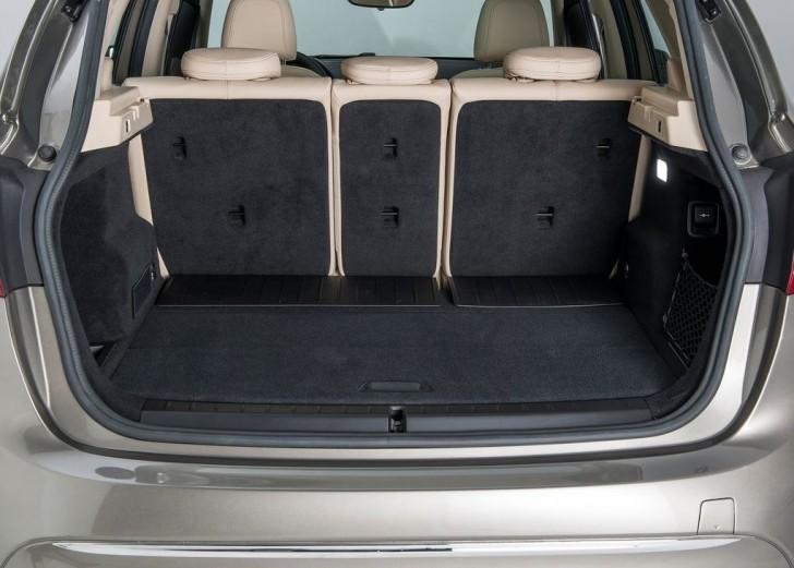 BMW 2-Series Active Tourer 2014 interior 06