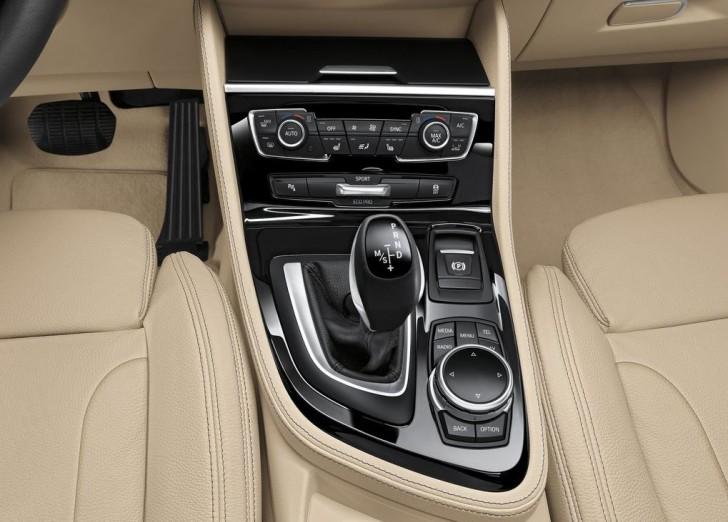BMW 2-Series Active Tourer 2014 interior 09