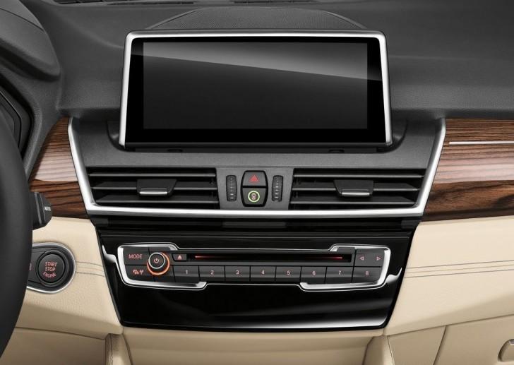 BMW 2-Series Active Tourer 2014 interior 10